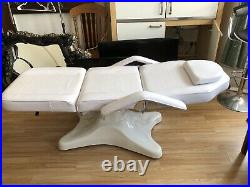 Beauty Couch/bed Adjustable Padded