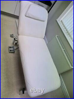 Electric Beauty Massage Bed Table 2 Section Spa Salon Therapy Treatment Couch