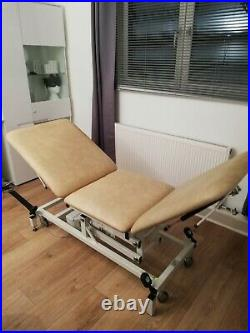 Huntleigh electric treatment, massage, examination couch/bed