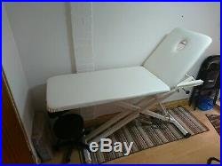 Hydraulic electric massage tattoo couch bed