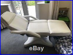 White Hydraulic Chair Massage Bed Salon Beauty Facial Couch Tattoo Therapy Table